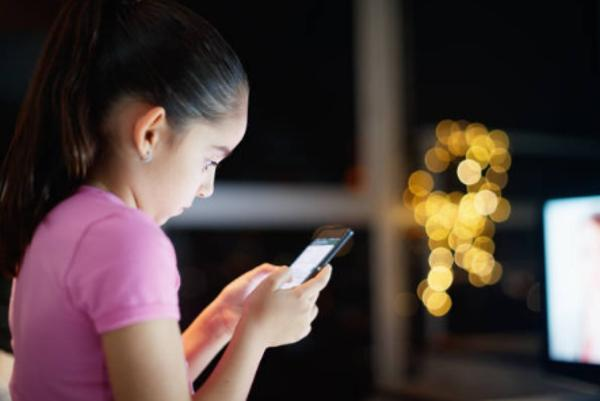 Cuál es la edad para tener un móvil