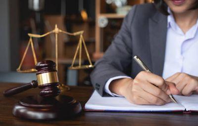 Cuándo contratar a un abogado